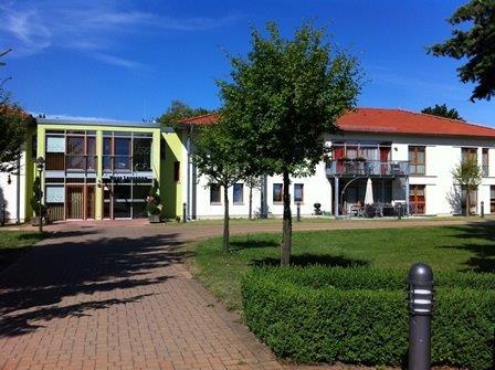 Albert Schweitzer Stiftung – Wohnen & Betreuen , Bahnhofstraße 32, 13129, Germany