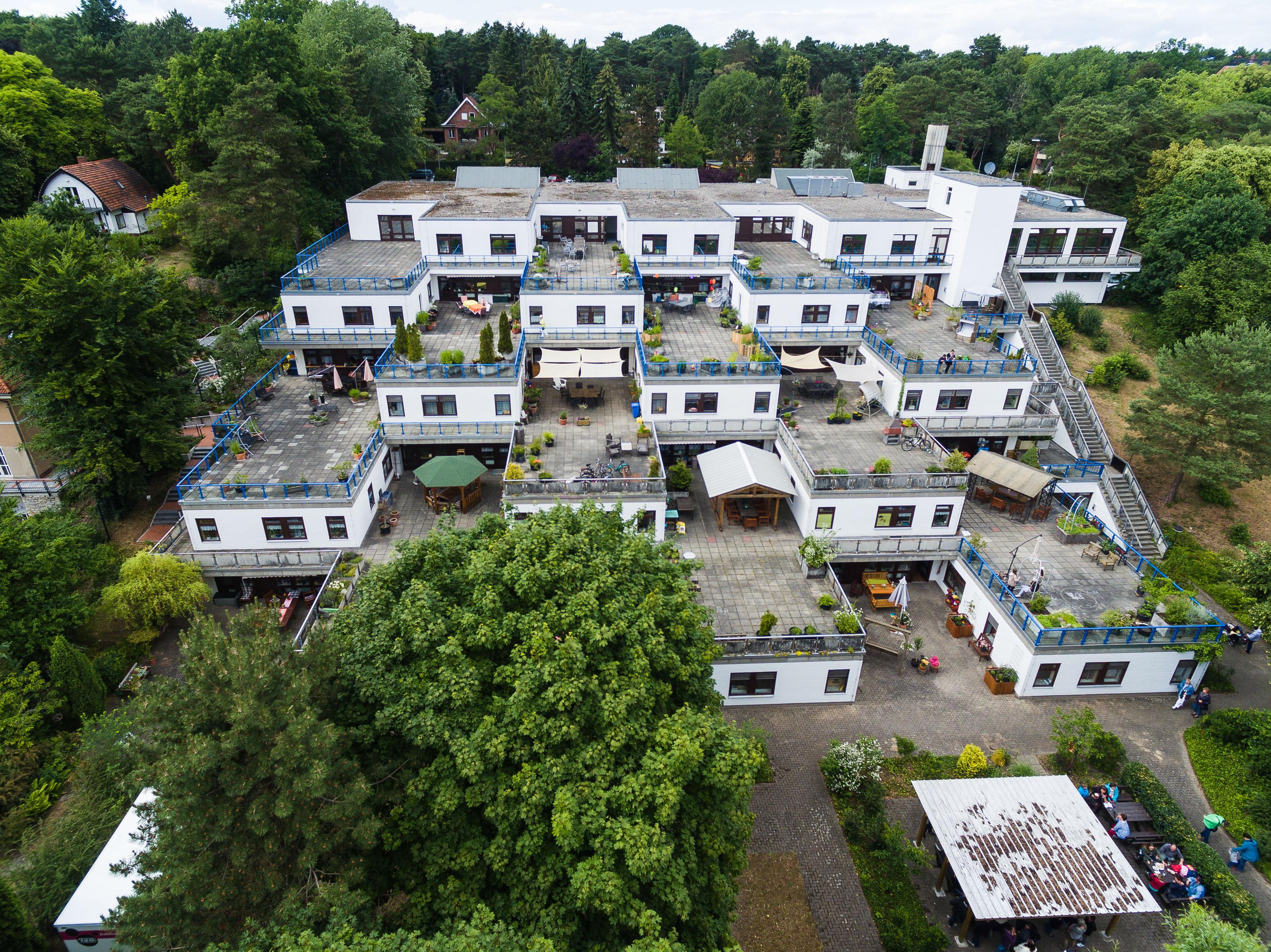 Vitanas GmbH & Co. KGaA , Quastenhornweg 3, 14089, Germany