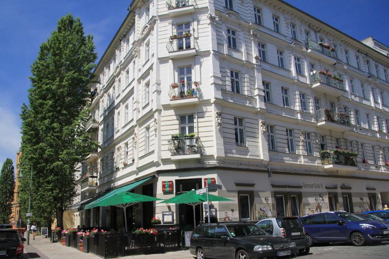 berliner STARThilfe e.V. WG Hagenauer Straße, Hagenauer Straße 18, 10435, Germany